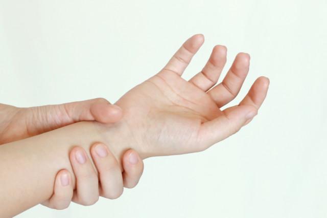 ばね指のイメージ画像